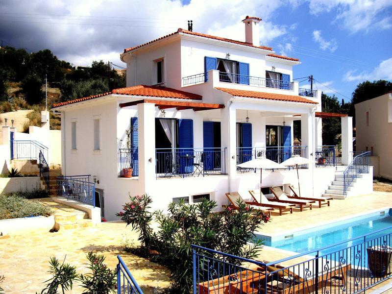 Villa imagine South Sea View - Luxury Large Villa with Pool in Lourdas -Kefalonia - Greece - rentals