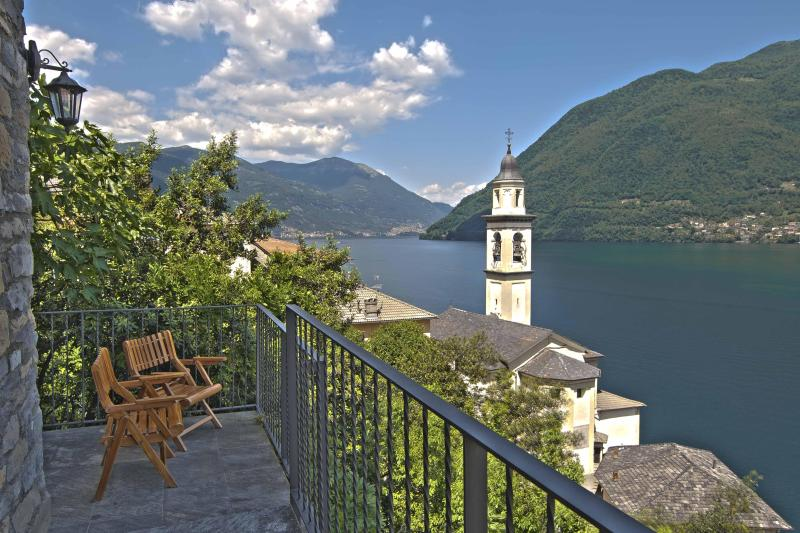 the main balcony - entrance - north view - Romantic  charming cottage, breathtaking view - Brienno - rentals