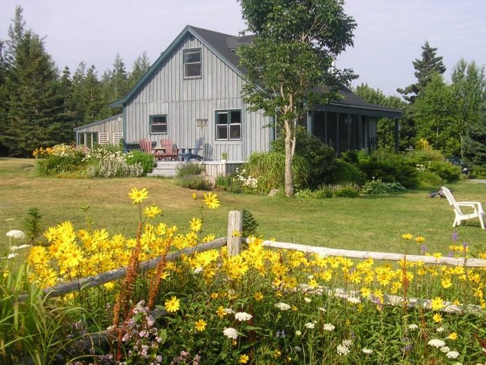 view from the garden to the side deck - Rose Bay Cottage - Nova Scotia - rentals
