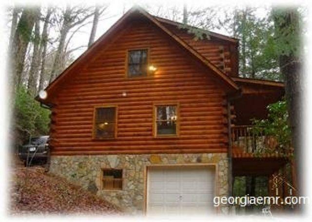 Skip's Bearly Rustic Cabin - Skip's-Is a charming, log cabin in the heart of the mountains @ Vogel Park! - Blairsville - rentals