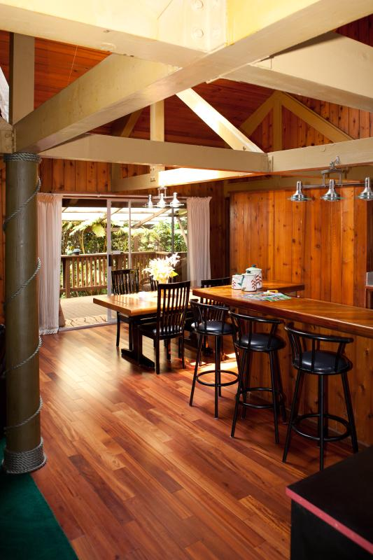 MAUNA LOA COTTAGE - Timber Pole House with HOT TUB - Image 1 - Volcano - rentals
