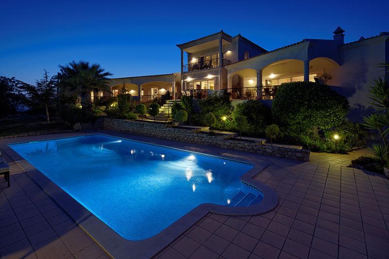 Quinta das Oliverias Luxury Staffed Villa, Algarve - Image 1 - Santa Barbara de Nexe - rentals