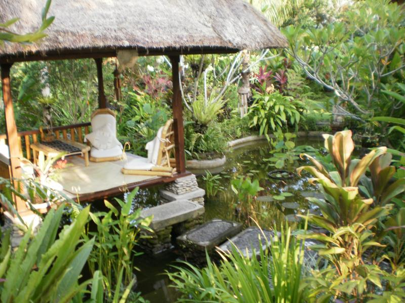 The Bale- the heart of the garden - Beautiful property in quiet Balinese ricefields. - Ubud - rentals