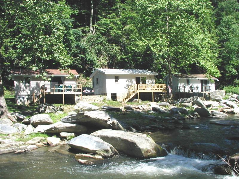 Berry Patch on the Rocky Broad River - River View Cabins on Stocked Trout River in WNC - Chimney Rock - rentals