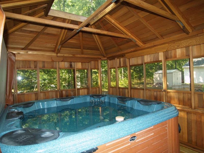 6 person spa with gazebo, mini fridge, stereo, multi-colored lights and rope lighting for ambiance! - Sept 11-13 open!..Hot Tub, Fireplace, Swimming, Fi - Wellston - rentals