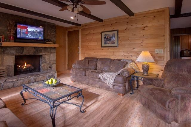 2 plush, comfy La-Z-Boy sofas, one is a sofa sleeper - Halfway To Heaven Cabin - Gatlinburg, TN - Gatlinburg - rentals