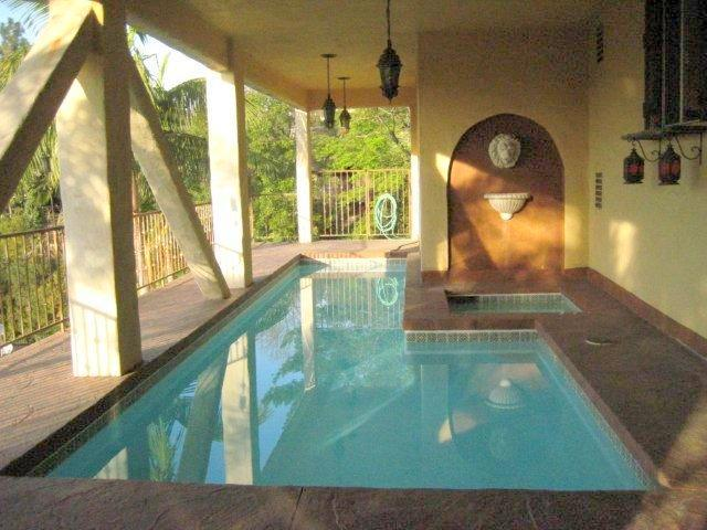Hollywood Hills Beautiful 4 bedrooms 3 1/2 Bathroom House with Pool & View (3516) - Image 1 - Los Angeles - rentals