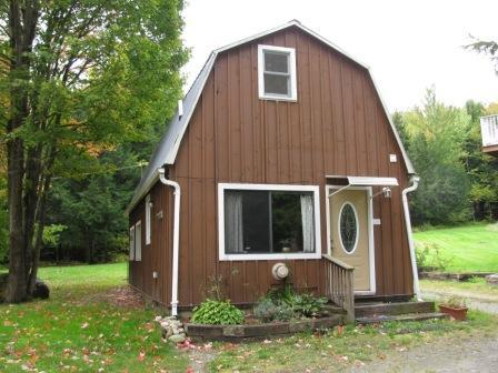 Front of Carmel Cottage. Enter into kitchen. - Cozy Carmel Cottage near Jay Peak VT - Jay - rentals