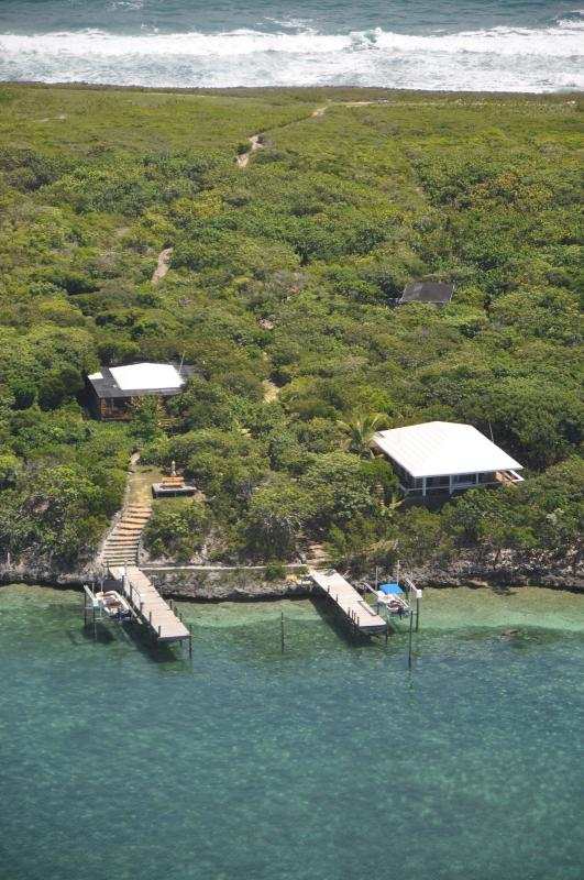 Ariel view of TWT-Sea to sea, Bungalow is on the left. - Tween Waters' Tilloo Bungalow - Tilloo Cay - rentals