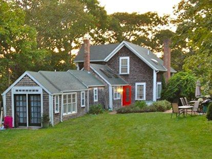 THE LARRIER HOUSE - VH SMOO-65 - Image 1 - Vineyard Haven - rentals