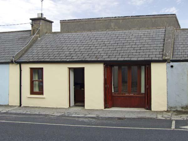 BUTTERFLY COTTAGE, pet friendly, with a garden in Miltown Malbay, County Clare, Ref 4528 - Image 1 - Miltown Malbay, County Clare - rentals