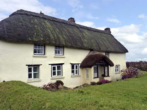 GORRANS DOWN COTTAGE, pet friendly, character holiday cottage, with a garden in Hartland, Ref 5243 - Image 1 - Hartland - rentals