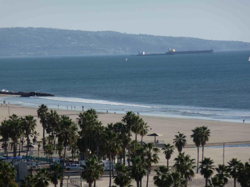 View from Living Room and Bedroom - SANTA MONICA ON BEACH Pool Ocean Views & more - Santa Monica - rentals