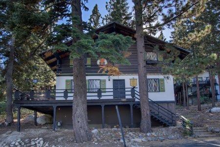 Charming 4 bedroom/2bath home - IVH1051 - Image 1 - Incline Village - rentals