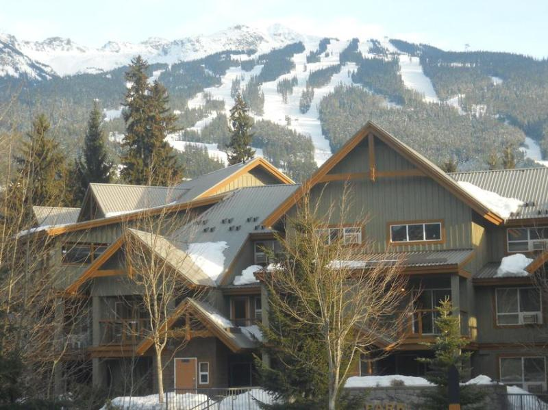 Welcome - Glacier's Reach Retreat - Whistler - rentals