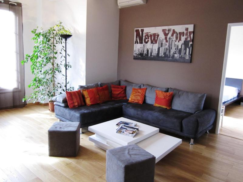 Great one bed flat, ac, wifi, terrace Central Nice - Image 1 - Nice - rentals