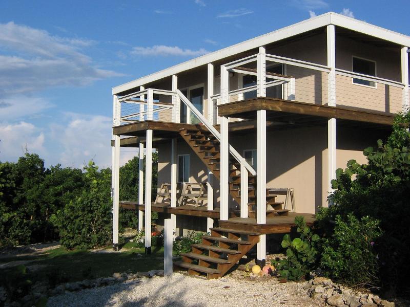 "House from driveway entrance. - ""All Da View"" Tilloo Cay, Abaco, Bahamas - Tilloo Cay - rentals"