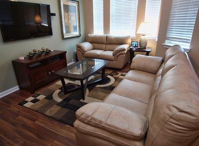 Stylish and Comfortable - Kumar's Kastle - Davenport - rentals
