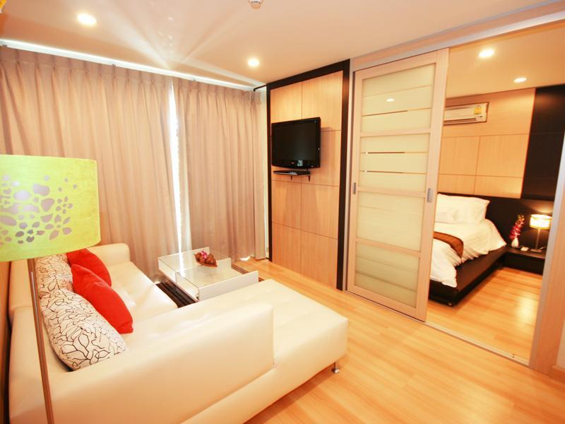 livingroom - wonderful 1-bedroom condo in the heart of Hua hin - Hua Hin - rentals