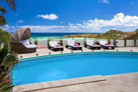 Extraordinary La Rose Des Vents offers a pool, jacuzzi, fitness room and staff - Image 1 - Grand Cul-de-Sac - rentals