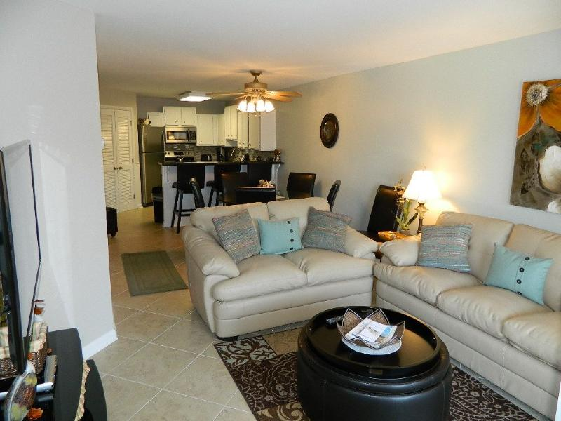 512 Oceanwalk - Image 1 - Hilton Head - rentals