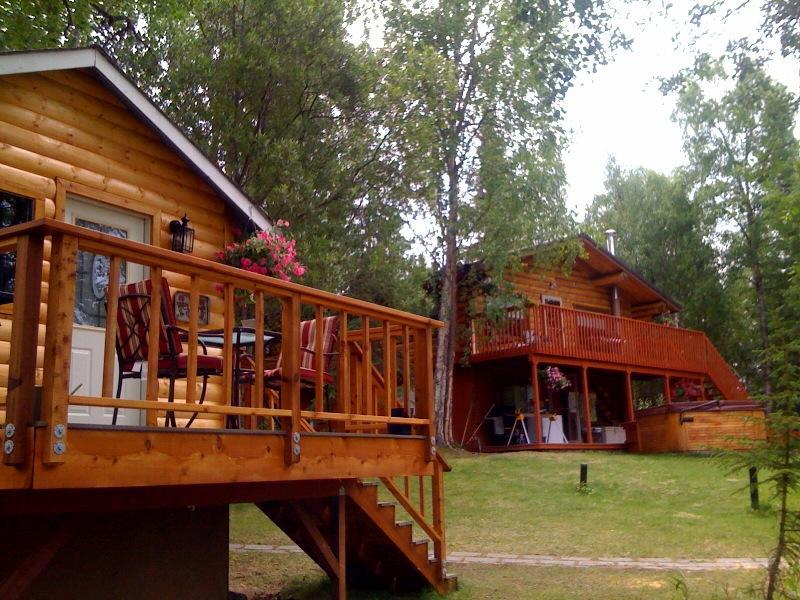 Mallard's Nest Cabin with King Salmon Log Home - Beautiful Lakefront Lodge - Home and Cabin rentals - Soldotna - rentals