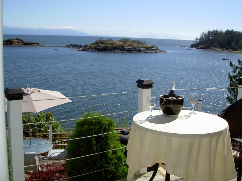 Rest here! - Hammond Bayside Executive Suite Inn - Nanaimo - rentals