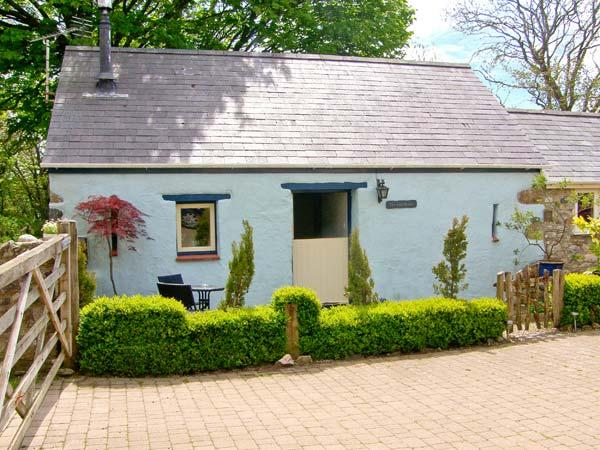 THE OLD STABLE, pet friendly, country holiday cottage, with open fire in Wolfscastle, Ref 4349 - Image 1 - Haverfordwest - rentals