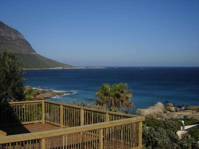 Unrestricted sea view from balcony - Sunset Rocks Accommodation - Llandudno - rentals