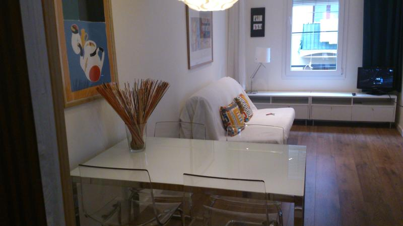 living room - Centric, bright, quiet with terrace - Barcelona - rentals
