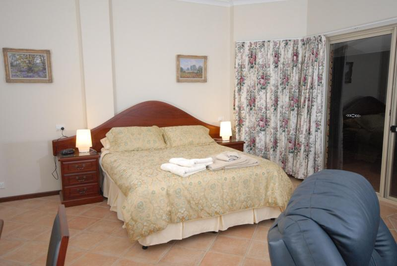 The Luxury Suite - The Good Life Bed and Breakfast - Western Australia - rentals