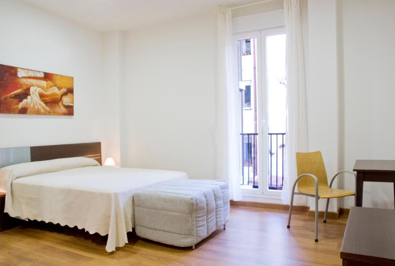 Madrid Epicentre Sol Jardines 2 Bedroom apartment - Image 1 - Madrid - rentals