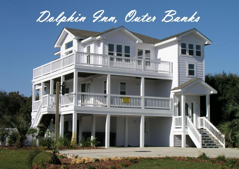 Dolphin Inn: 7 Bedrooms, Pool, Hot Tub, 1 1/2 blocks to beach, 1 mi. to Duck - Dolphin Inn-7BR, Pool, Pirate Ship, Golf.  Pets :) - Southern Shores - rentals