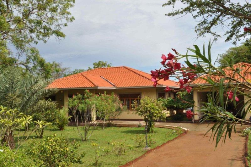 Front of property from mid drive way - Lake View Bungalow Yala - A Home away from Home - Tissamaharama - rentals