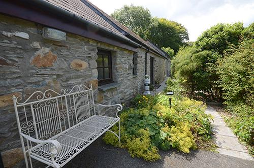Holiday Cottage - 1 Old Rectory Cottage Mews, Dinas - Image 1 - Dinas Cross - rentals