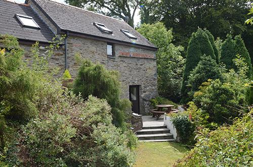 Holiday Cottage - 2 Old Rectory Cottage Mews, Dinas - Image 1 - Dinas Cross - rentals