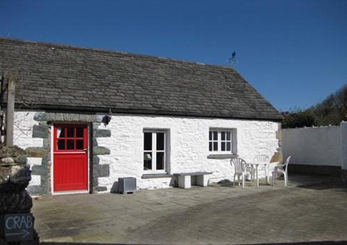 Pet Friendly Holiday Cottage - Crab Cottage, Aberfforest Beach, Newport - Image 1 - Newport - rentals