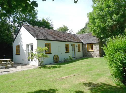Holiday Cottage - Glas y Dorlan, Nevern - Image 1 - Pembrokeshire - rentals