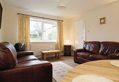 Holiday Property - Ty Nain, Dinas - Image 1 - Dinas Cross - rentals