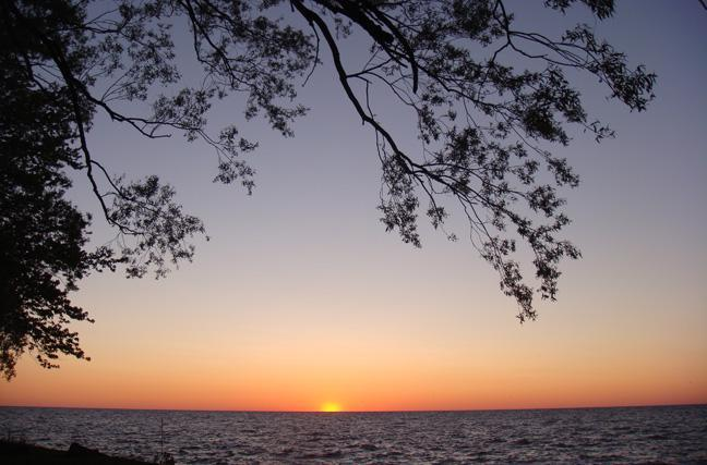 Evening Sunset - Lake Ontario Cottage-60 mins Niagara Falls     #HN - Lyndonville - rentals