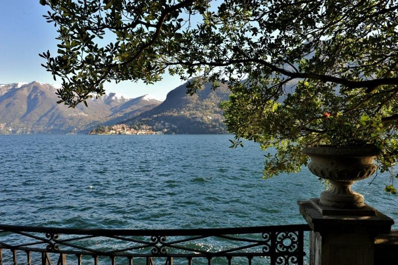 Luxury Lakeshore Villa on Lake Como with Private Dock - Villa Cernobbio - Image 1 - Moltrasio - rentals