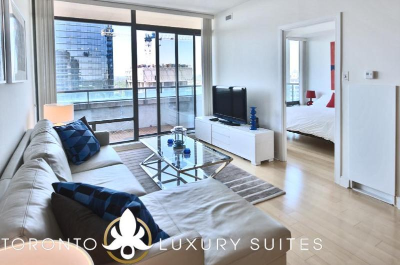 Yacht Club - Luxury Furnished Condo All Inclusive - Image 1 - Toronto - rentals