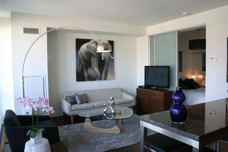 Jubilee - Luxury Furnished Condo All In King West - Image 1 - Toronto - rentals