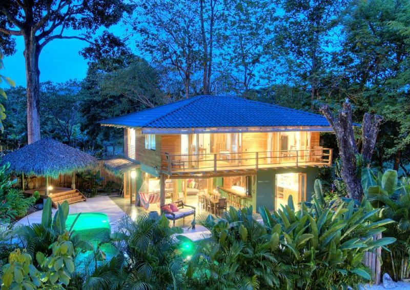 Stunning Casa Kala with private infinity pool - Casa Kala an exquisite beach villa & infinity pool - Santa Teresa - rentals