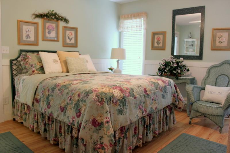 Master Bedroom - BEACH RETREAT FAMILY VACATIION - Tybee Island - rentals