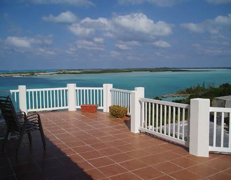 The spacious balcony - Harbour View: 30% discount on 5th to 12th June - Great Exuma - rentals