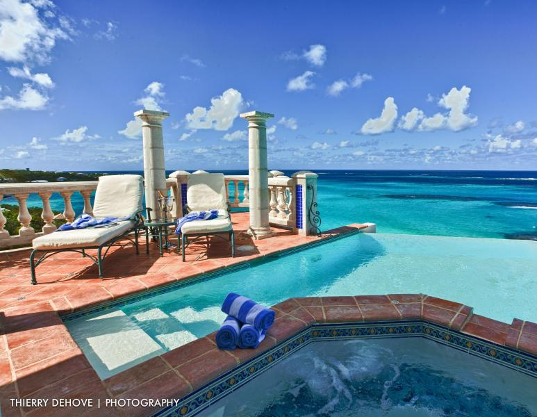 Location, Location, Location! Stunning Villa Azure - Image 1 - Shoal Bay Village - rentals