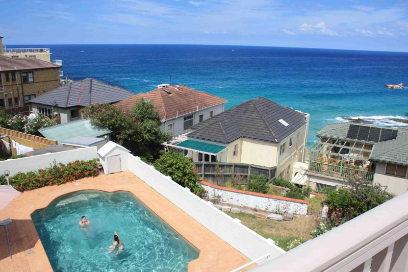Guests enjoying the pool - Ocean View Apartments on Tamarama & Bondi Beach - Sydney - rentals