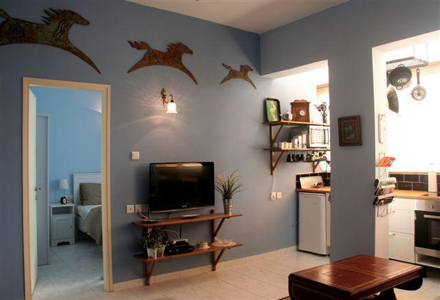 1br. apt .in  hip and lively quarter in Tel Aviv. - Image 1 - Tel Aviv - rentals