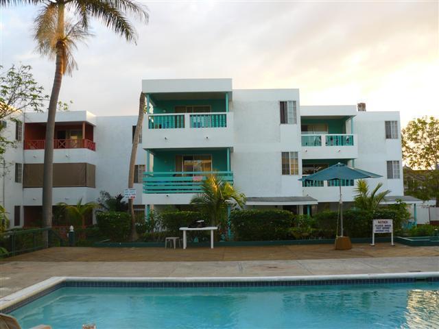 Pool Deck - Negril Beach Condos - Negril - rentals